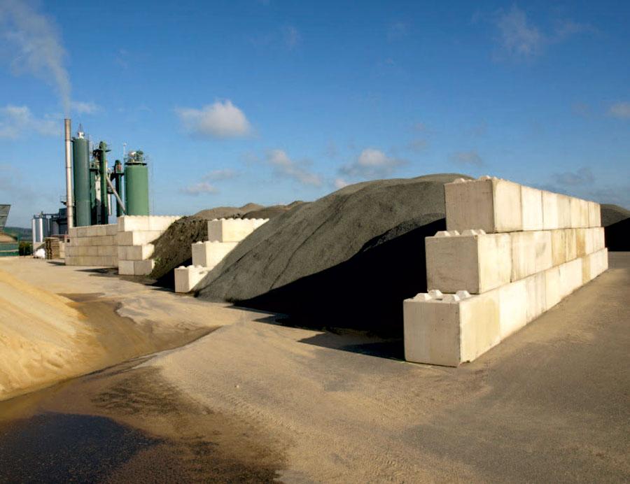 Backes Bau- und Transporte GmbH – Betonblock Backes: Lagerboxen